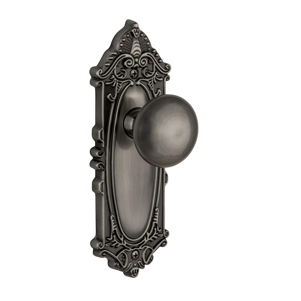 Grandeur Grande Victorian Antique Pewter Plate with Dummy Fifth Avenue Knob
