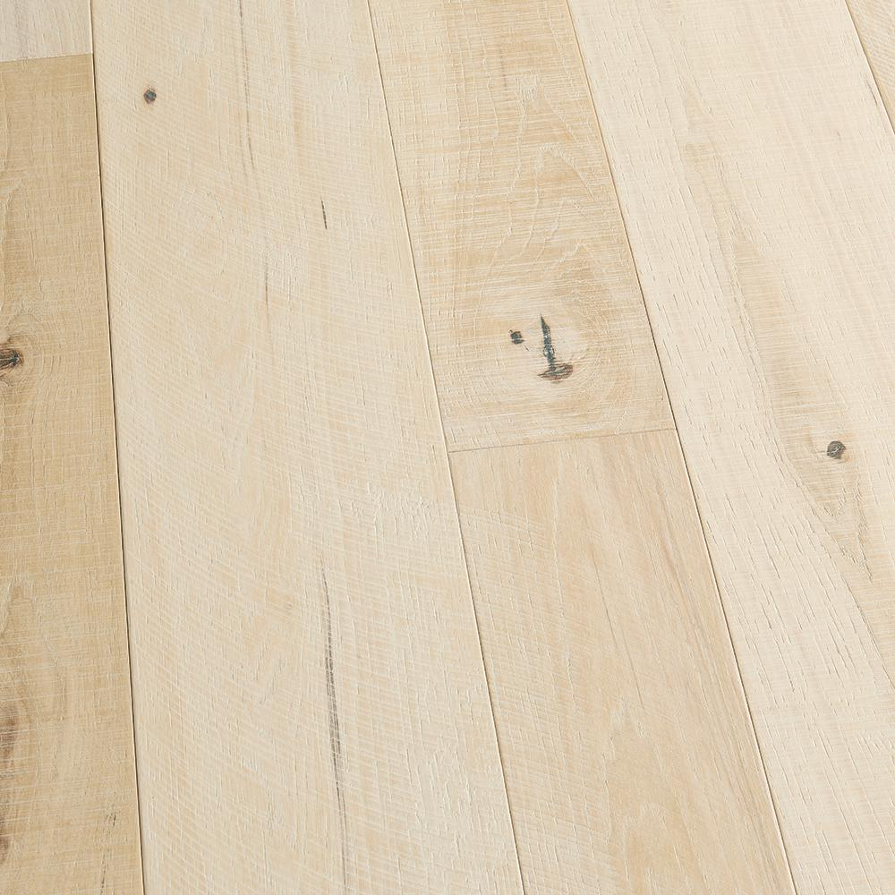 Malibu Wide Plank Hickory Mandalay 3 8 In T X 4 And 6 W Varying L Engineered Click Hardwood Flooring 19 84 Sq Ft Case