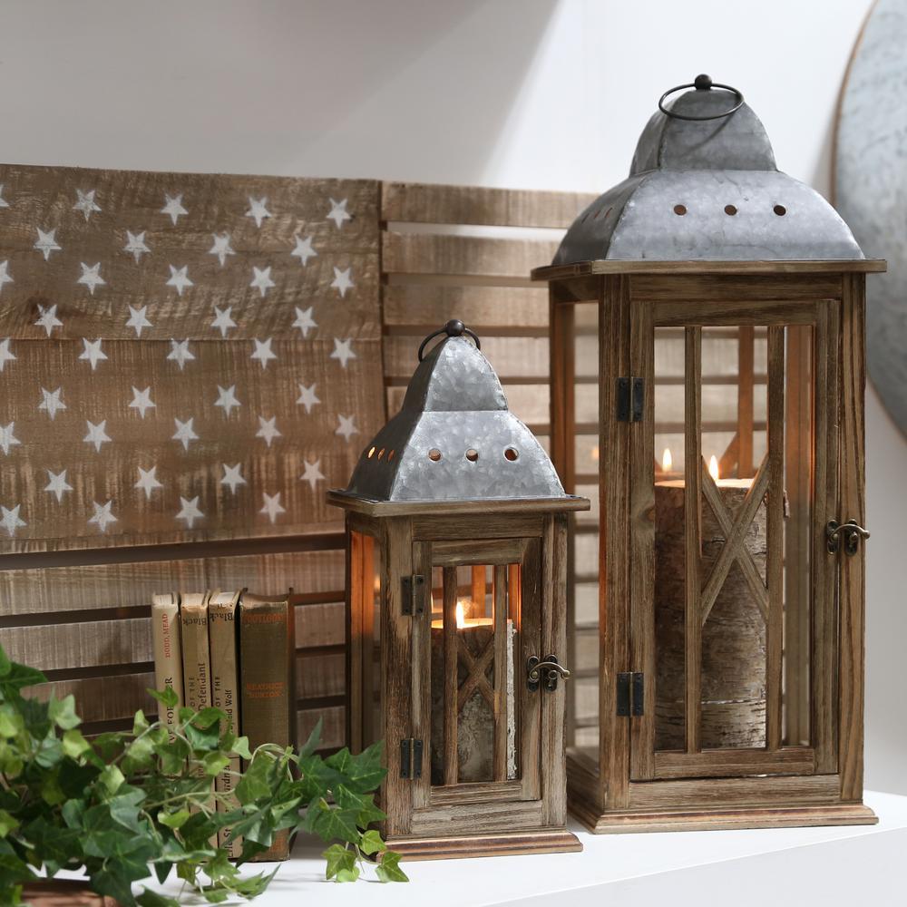 UTC31446: Brown Wooden Decorative Lantern Natural Finish