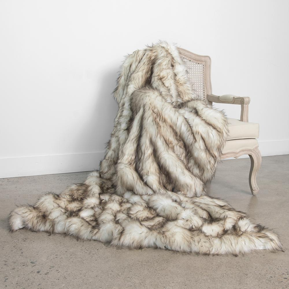 Wild Mannered 58 in. x 60 in. Bleached Finn Faux Fur