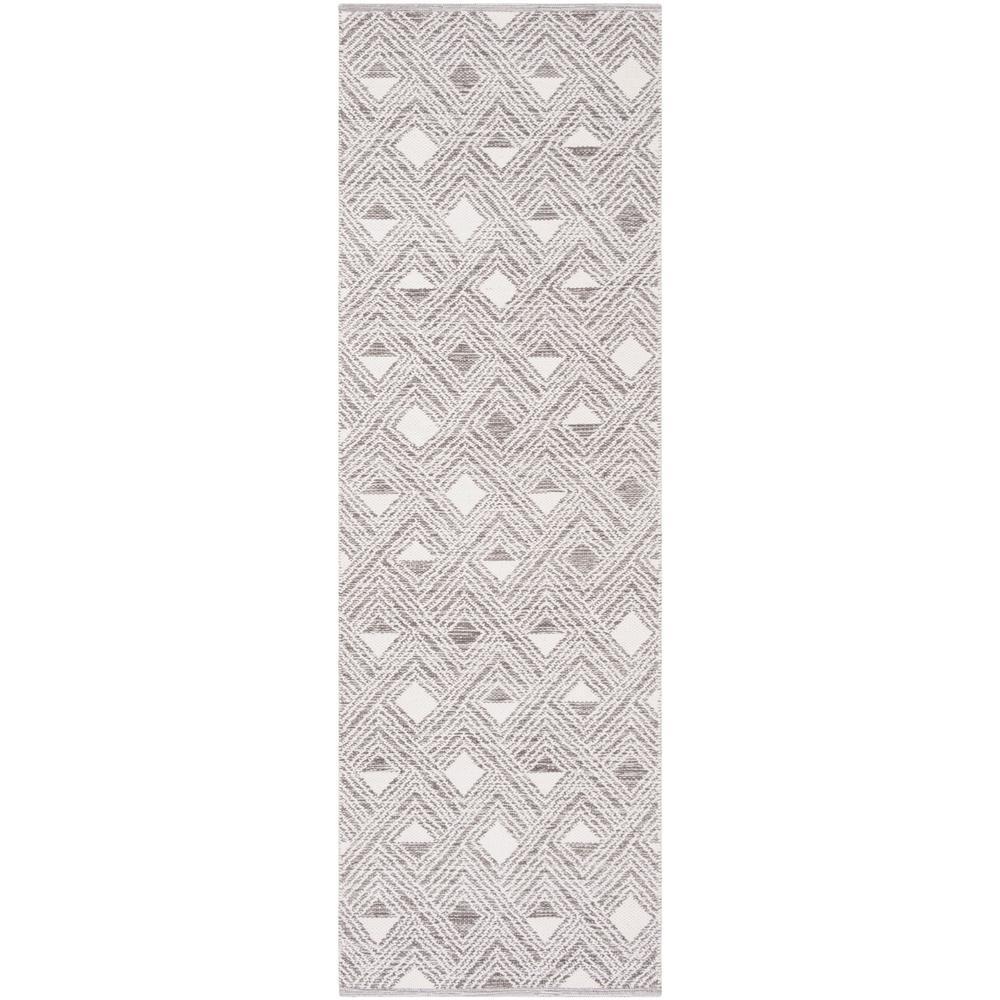 Montauk Charcoal/Ivory 2 ft. 3 in. x 7 ft. Runner Rug