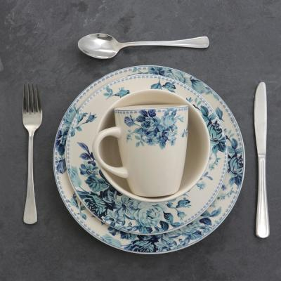 Traditional Blue Rose 16-Piece Dinnerware Set