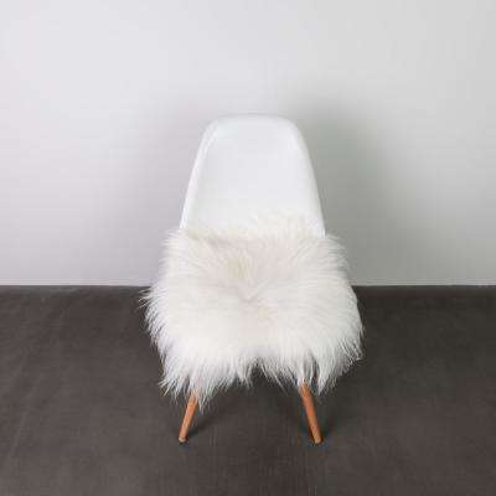 Icelandic White 15 in. x 15 in. Sheepskin Chair Pad