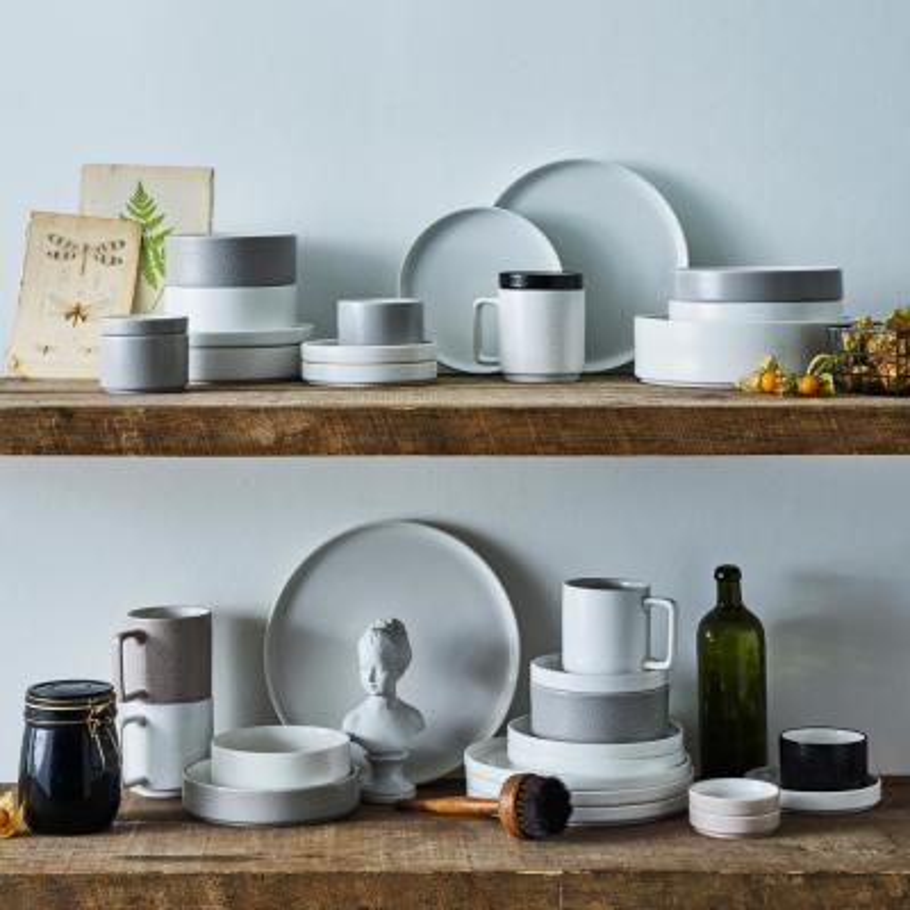 Colortex-Piece Casual Black Porcelain Dinnerware Set (Service for 1)