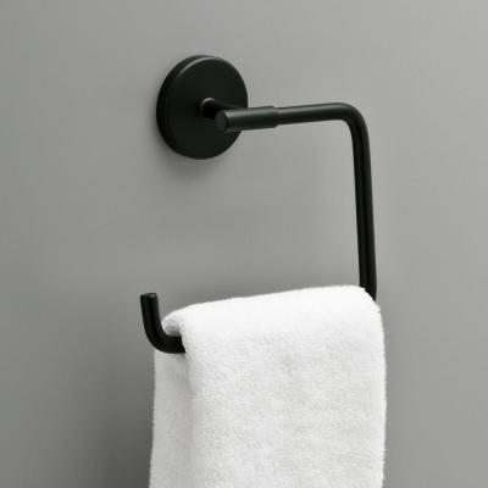 Lyndall Towel Ring in Matte Black