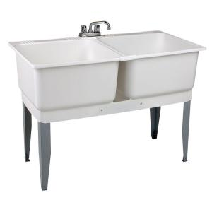 MUSTEE 46 inch x 34 inch Plastic Laundry Tub by MUSTEE