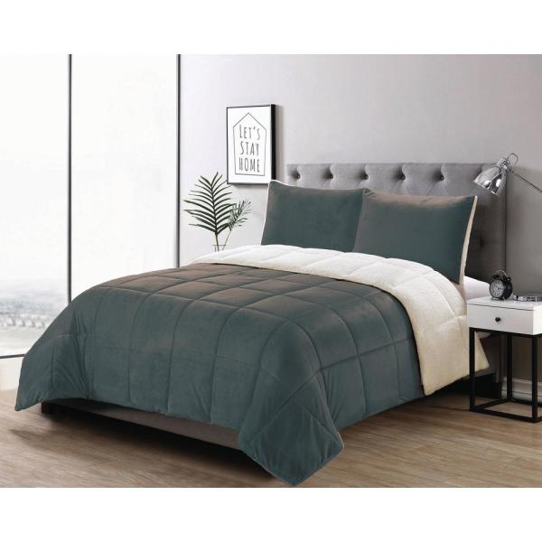 Casual Living Micromink 3-Piece Charcoal Full/Queen Comforter Set 13333