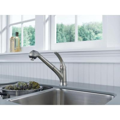 Foundations Single-Handle Pull-Out Sprayer Kitchen Faucet In Stainless