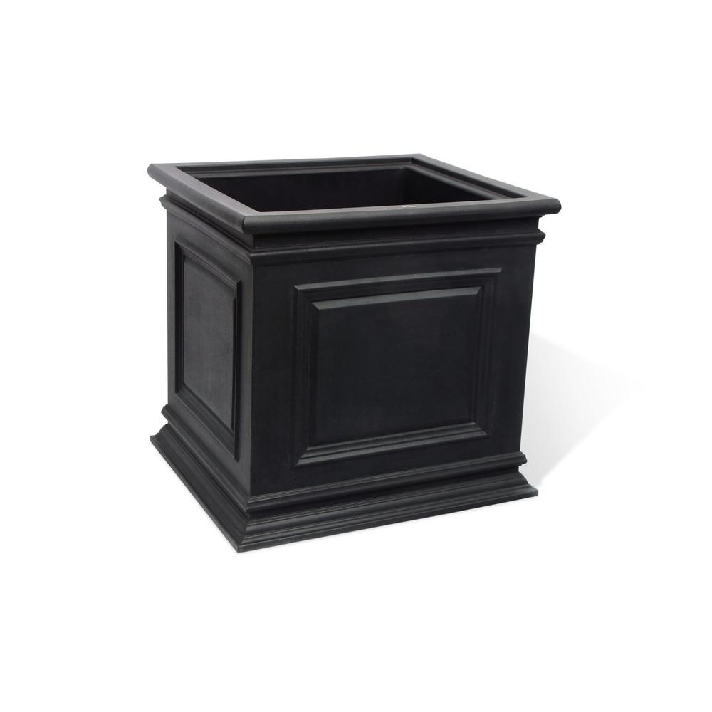 Covington 20 in. Black Self-Watering Planter