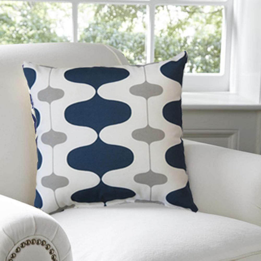 Premiere Home Indoor Outdoor Ivon Oxford White Blue And