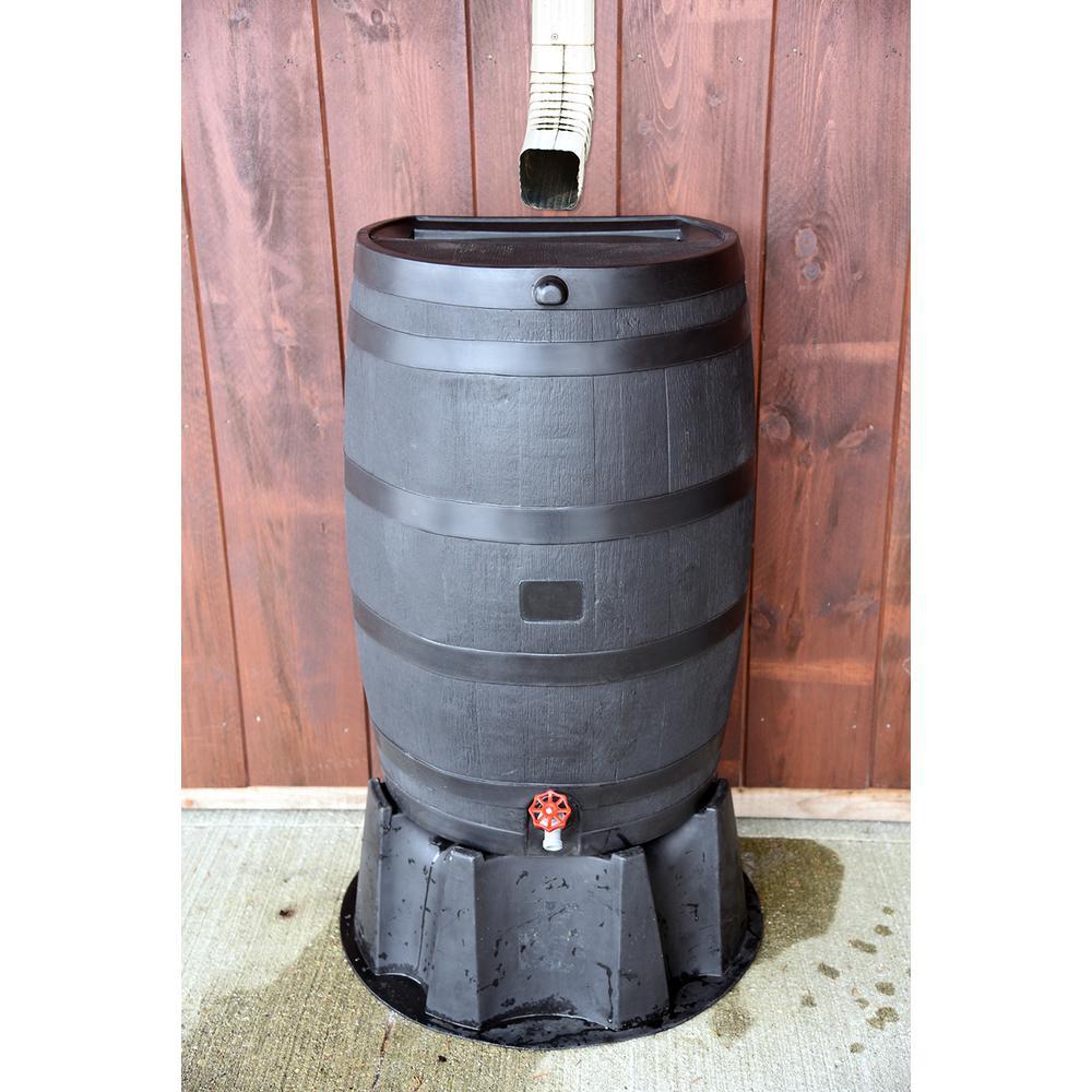 diy garden hack - make your own water barrel