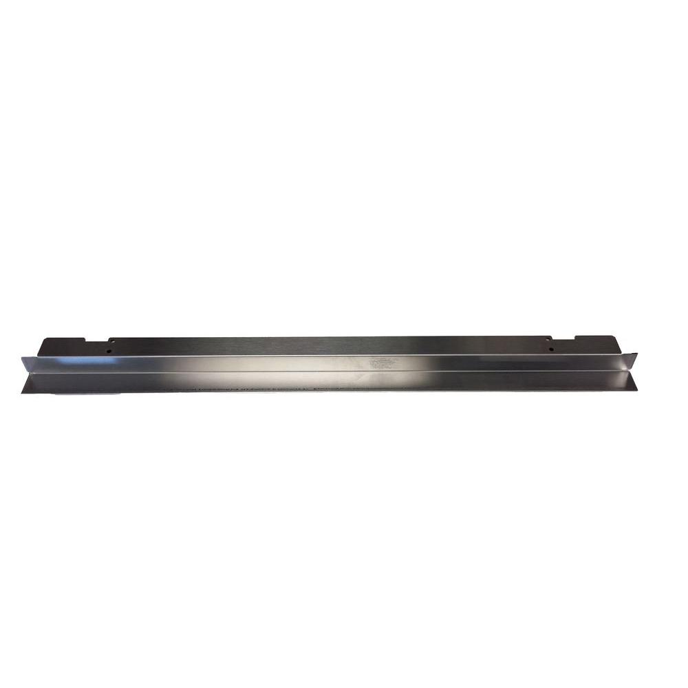 Whirlpool 27 in. Microwave Vent Trim Kit in Stainless Steel The 27 in. Microwave vent trim kit is to be used with built-ins. The trim pieces and deflector shield provide a finished look. Easy to install.