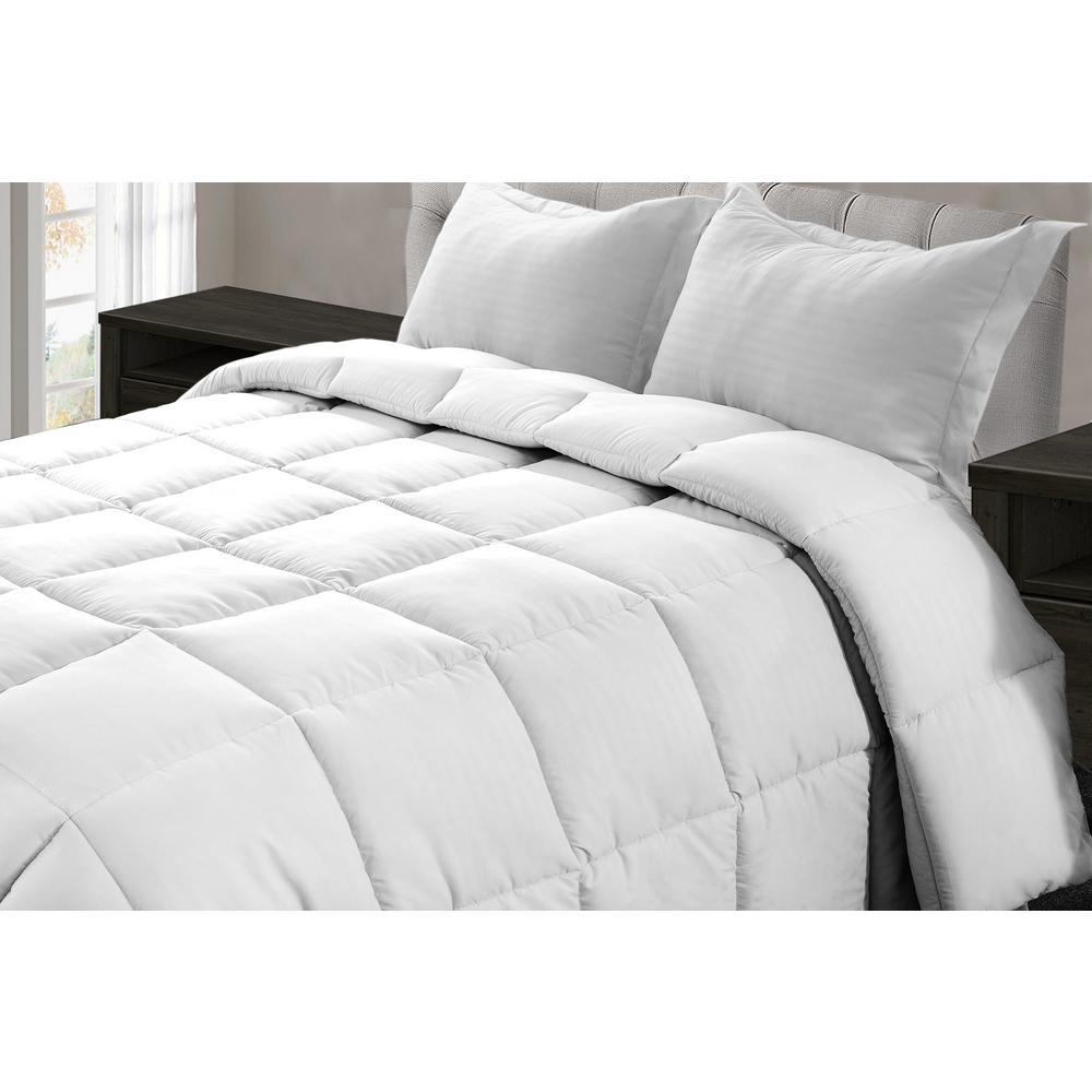 Jill Morgan White Microfiber Queen Comforter