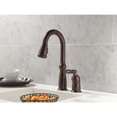 Victorian Single-Handle Pull-Down Sprayer Kitchen Faucet in Venetian Bronze with MagnaTite Docking