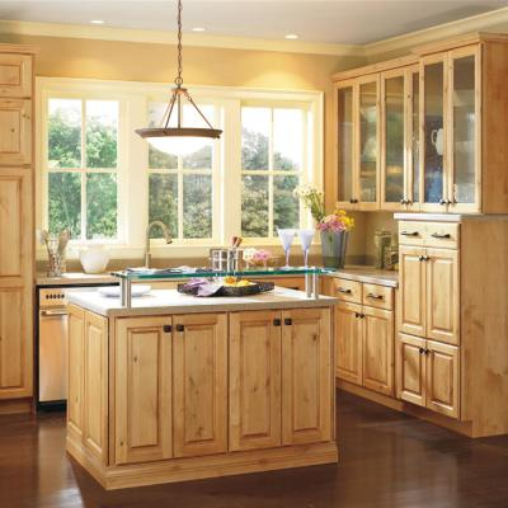 Thomasville Kitchen Cabinets >> Thomasville Classic Custom Kitchen Cabinets Shown In Cottage Style