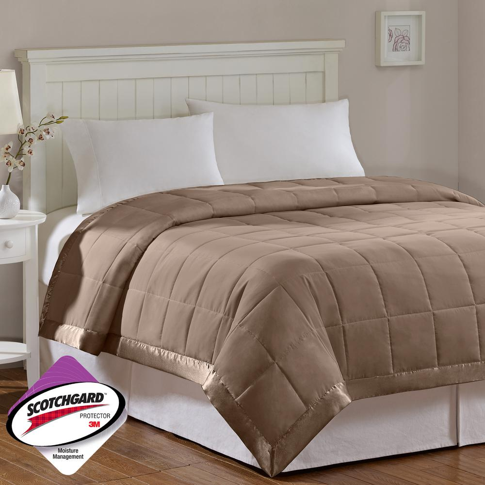 Down Alternative Quilted Comforter with Satin Trim