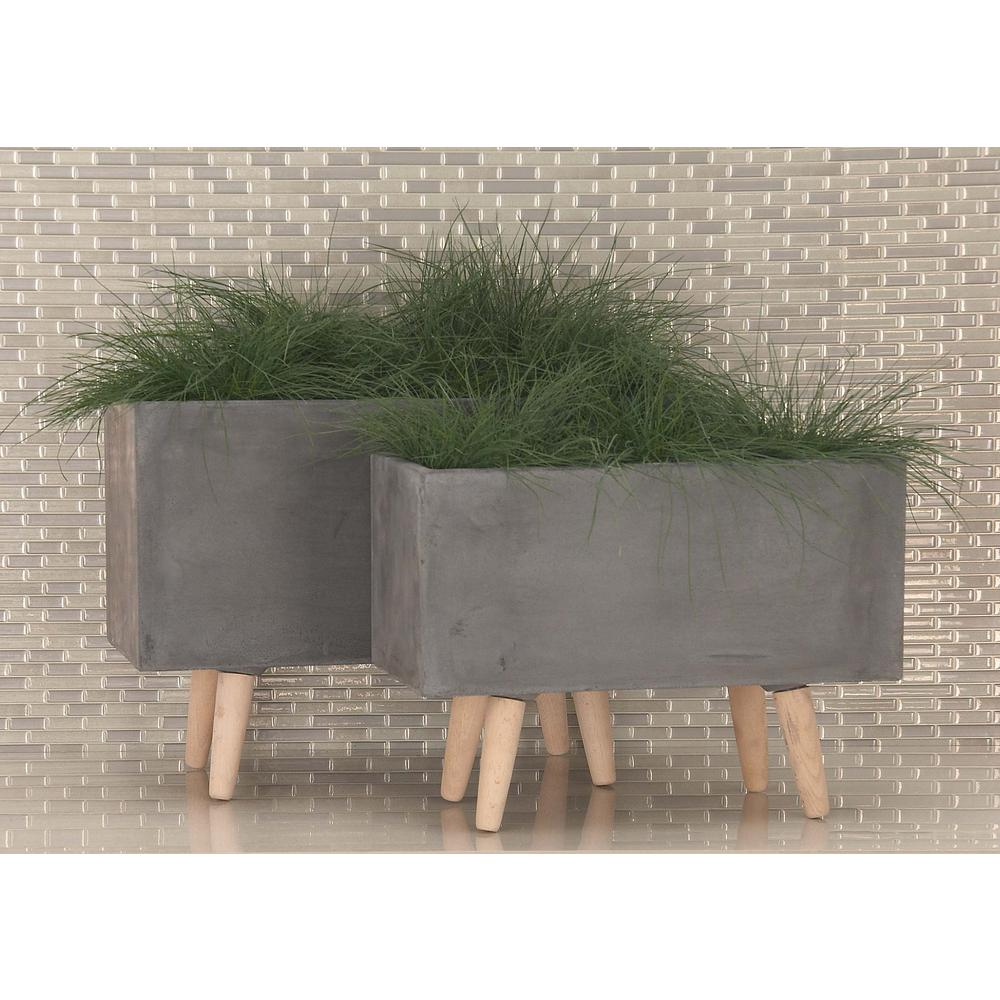 Cosmoliving By Cosmopolitan Large 21 In Small 17 Dark Gray Fiber Clay Planters 2 Pack 46467 The Home Depot