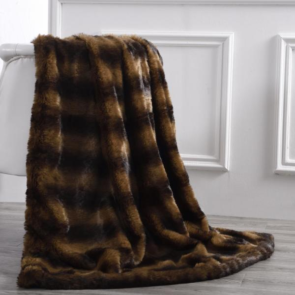 Amrapur Overseas Bear Acrylic Pv Fur Reverse To Flannel 50 in.