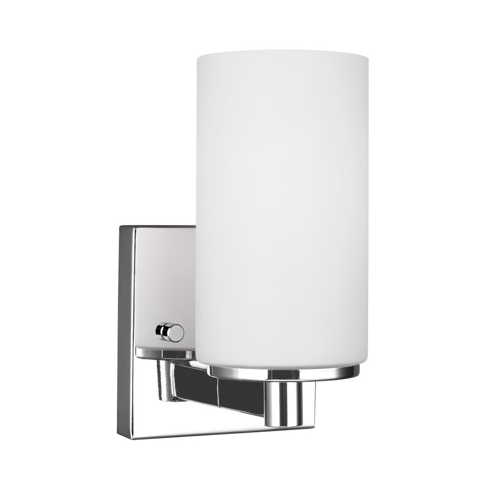 Hettinger 1-Light Chrome Sconce with LED Bulb