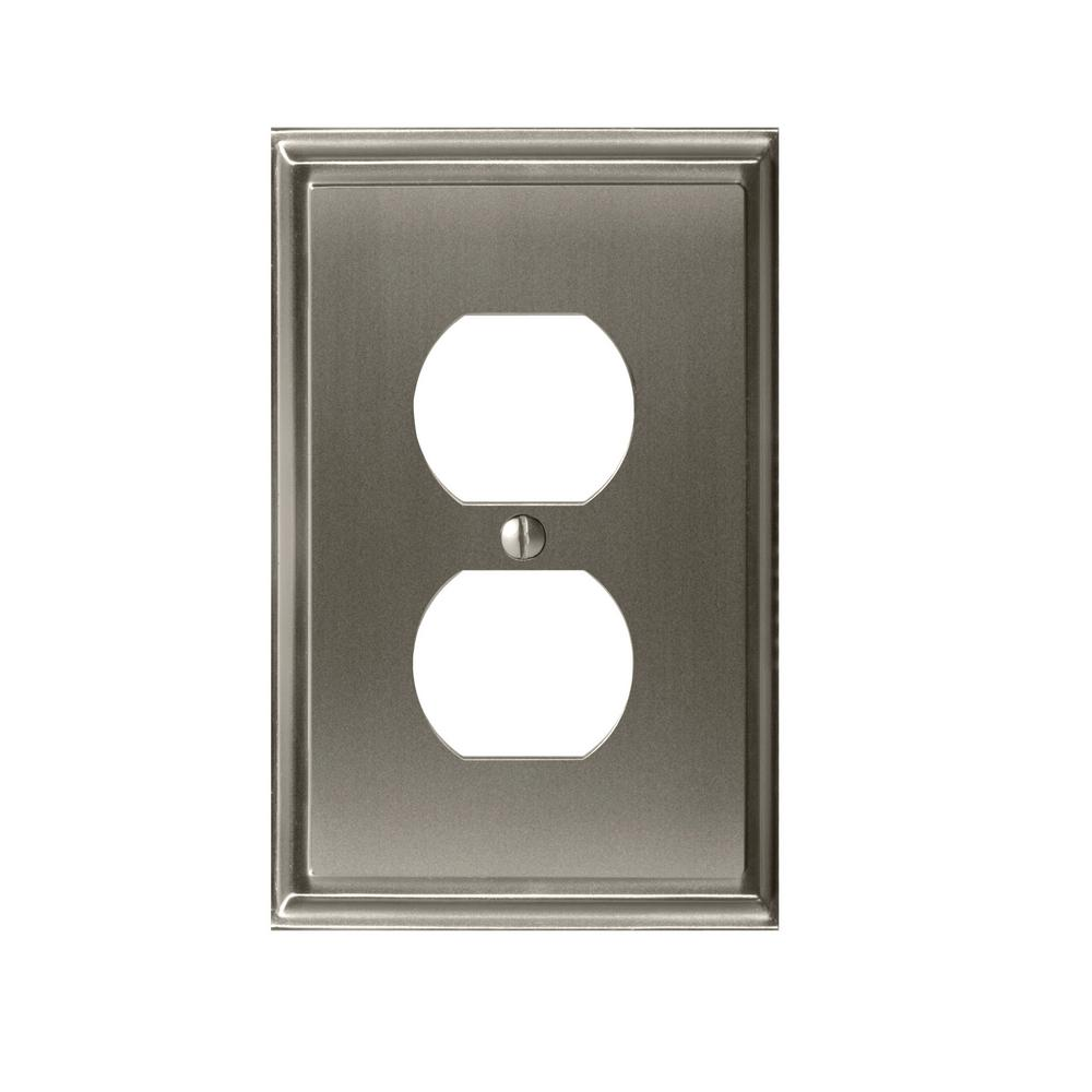 Mulholland 1-Duplex Outlet Wall Plate, Satin Nickel