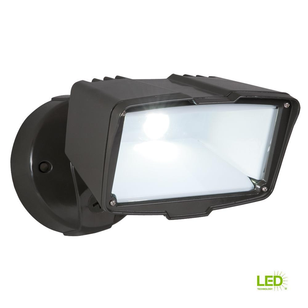 Bronze Outdoor Integrated LED Large-Head Security Flood Light with Dusk to