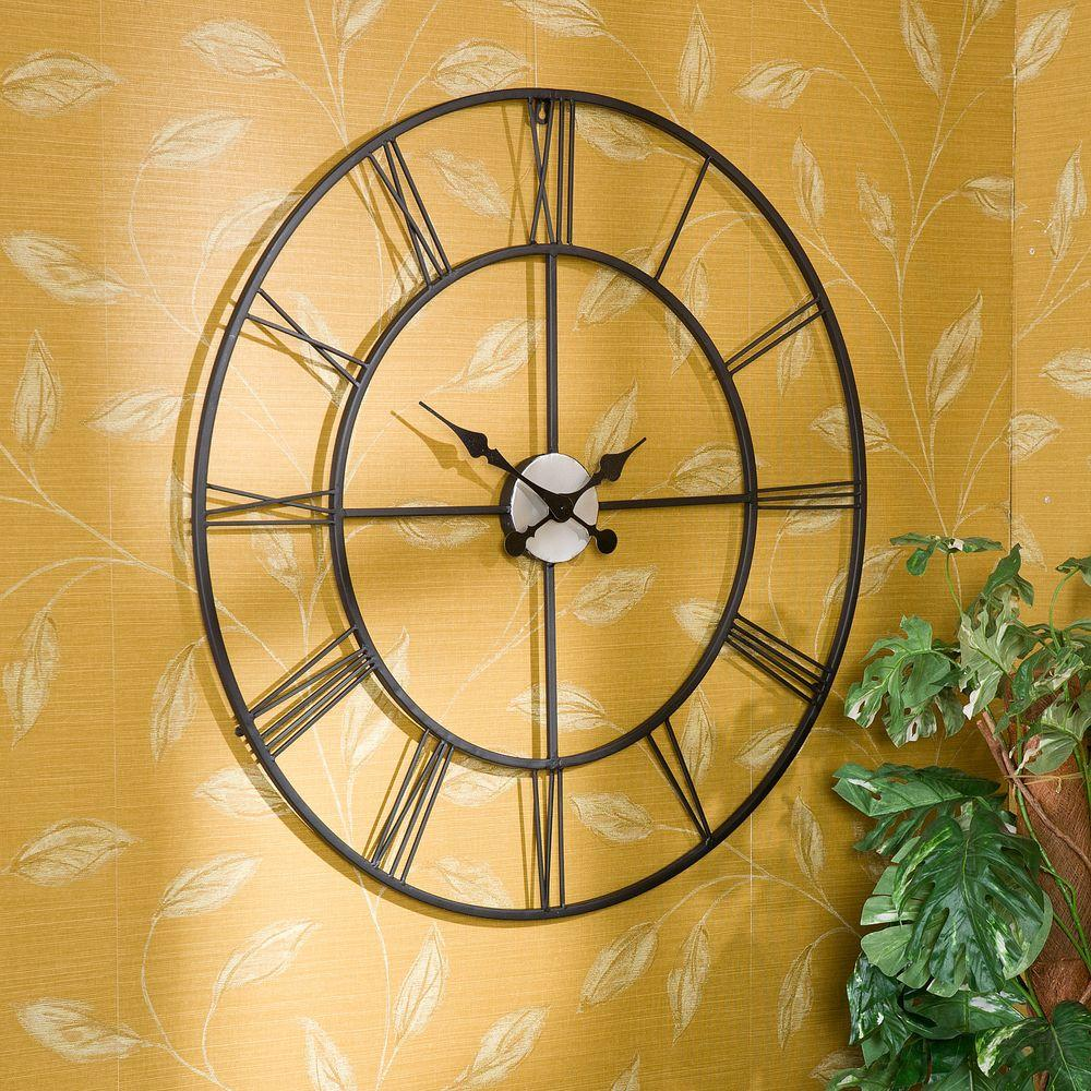 Southern Enterprises Centurian 30 in. Dia. Metal Wall Clock-WS1964R ...
