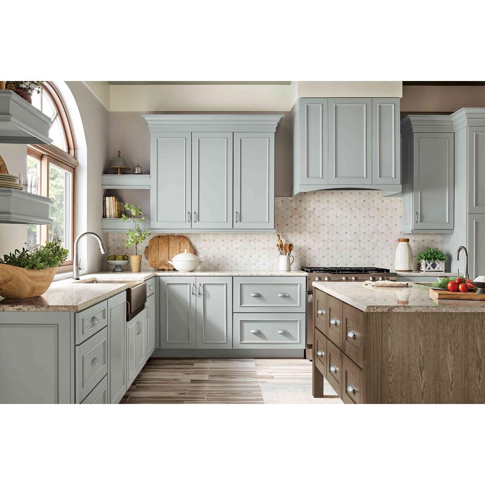 Kraftmaid Custom Kitchen Cabinets Shown In Modern Style Hdinsthcgldw The Home Depot