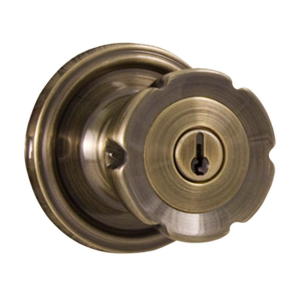 Replacing Door Knobs