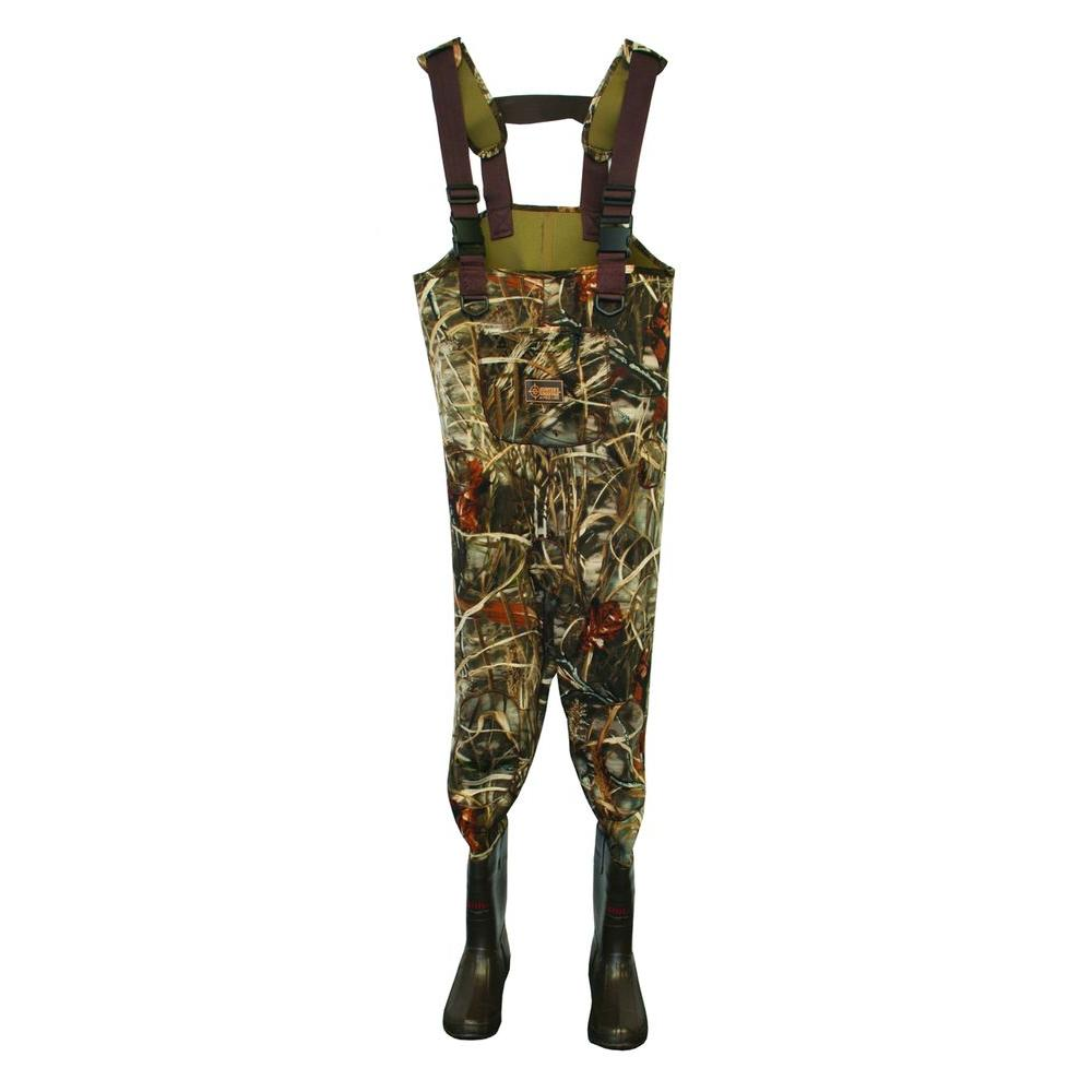 Calcutta Mens Size 8 Neoprene Insulated Reinforced Knee Adjustable Suspender Cleated Chest Wader in Camo