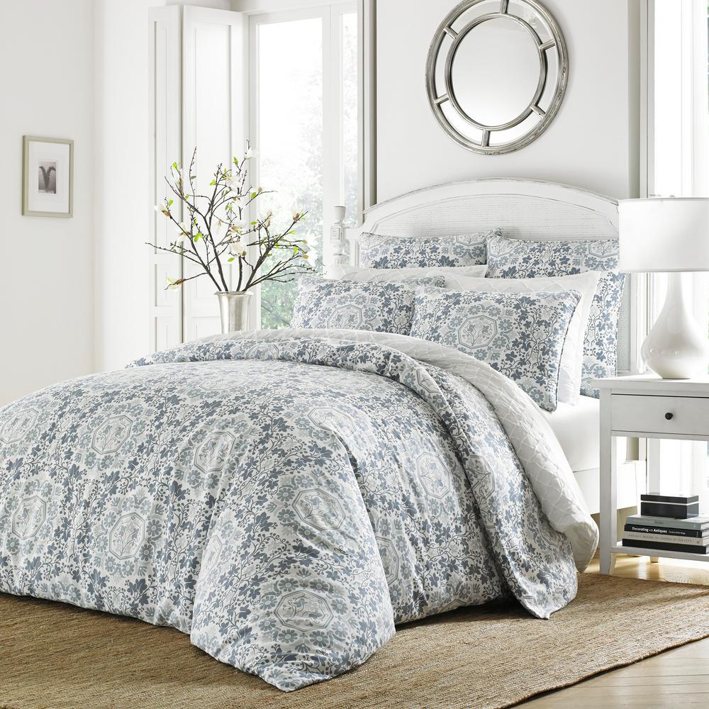 Caldecott 3-Piece Pastel Blue Floral King Duvet Cover Set