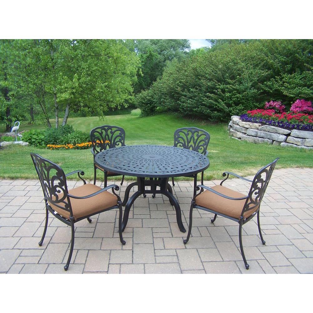 Hampton 5 Piece Patio Dining Set With Sunbrella Cushions
