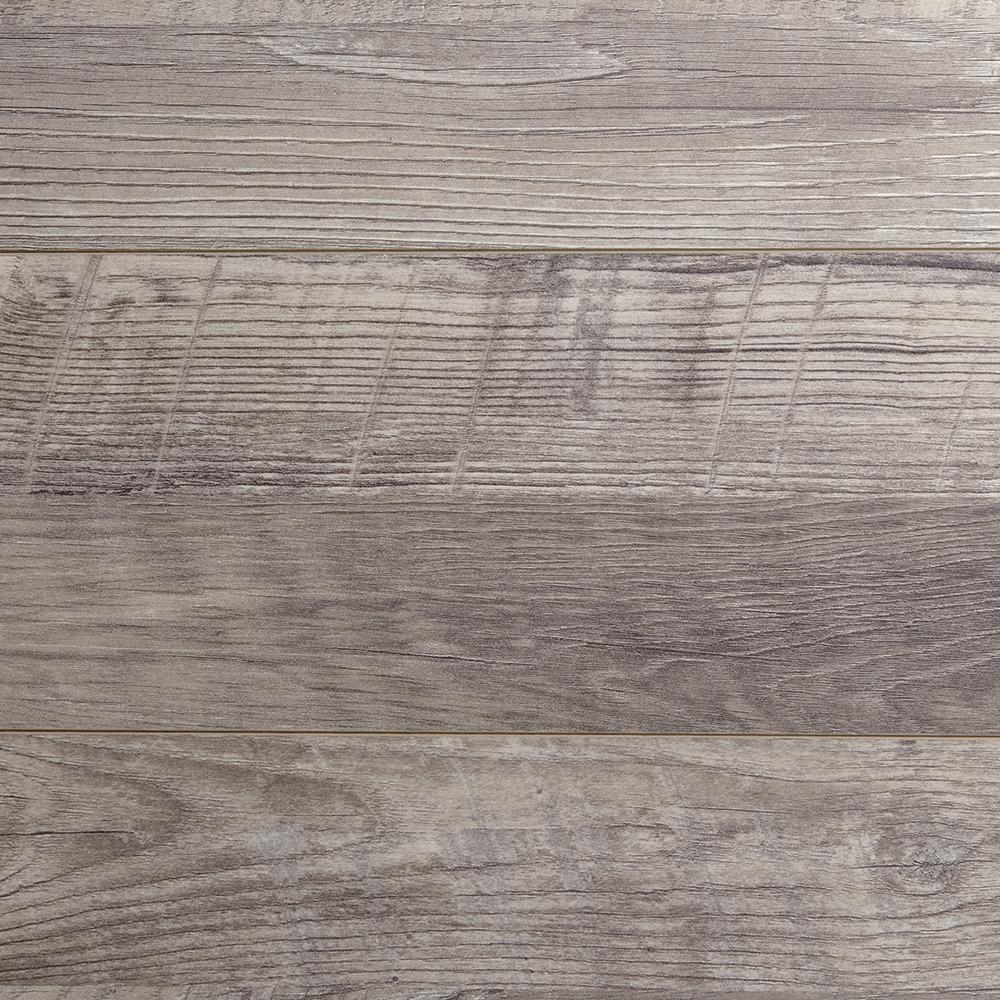 Home Decorators Collection Eir Royal Victorian Oak 12 Mm Thick X 7.56 In. Wide X 47.72 In. Length Laminate Flooring (20.04 Sq. Ft. / Case), Light