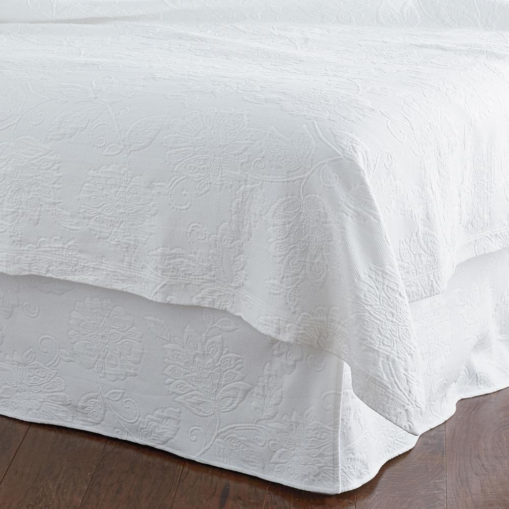 Putnam Matelasse White Twin Bed Skirt
