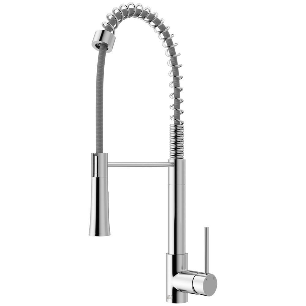 Laurelton Single-Handle Pull-Down Sprayer Kitchen Faucet in Chrome