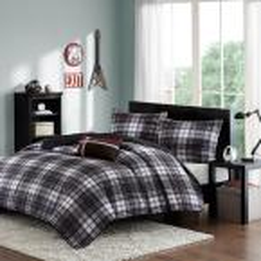 David 4-Piece Black/Gray Full/Queen Plaid Coverlet Quilt Set