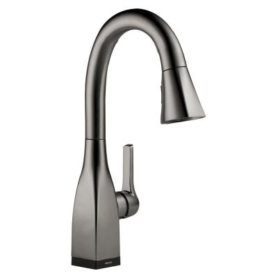 Mateo Single-Handle Pull-Down Sprayer Kitchen Faucet with Touch2O Technology in Black Stainless