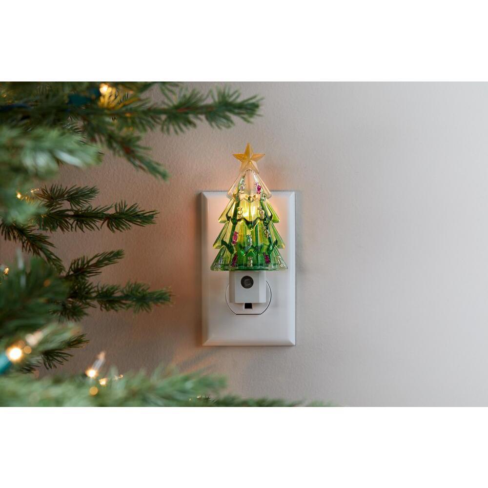 1-Light LED Magic Seasons Christmas Night Light Green Tree/White Snowman