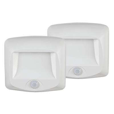 Wireless White Outdoor Motion Sensing Step Deck Light (2-Pack)
