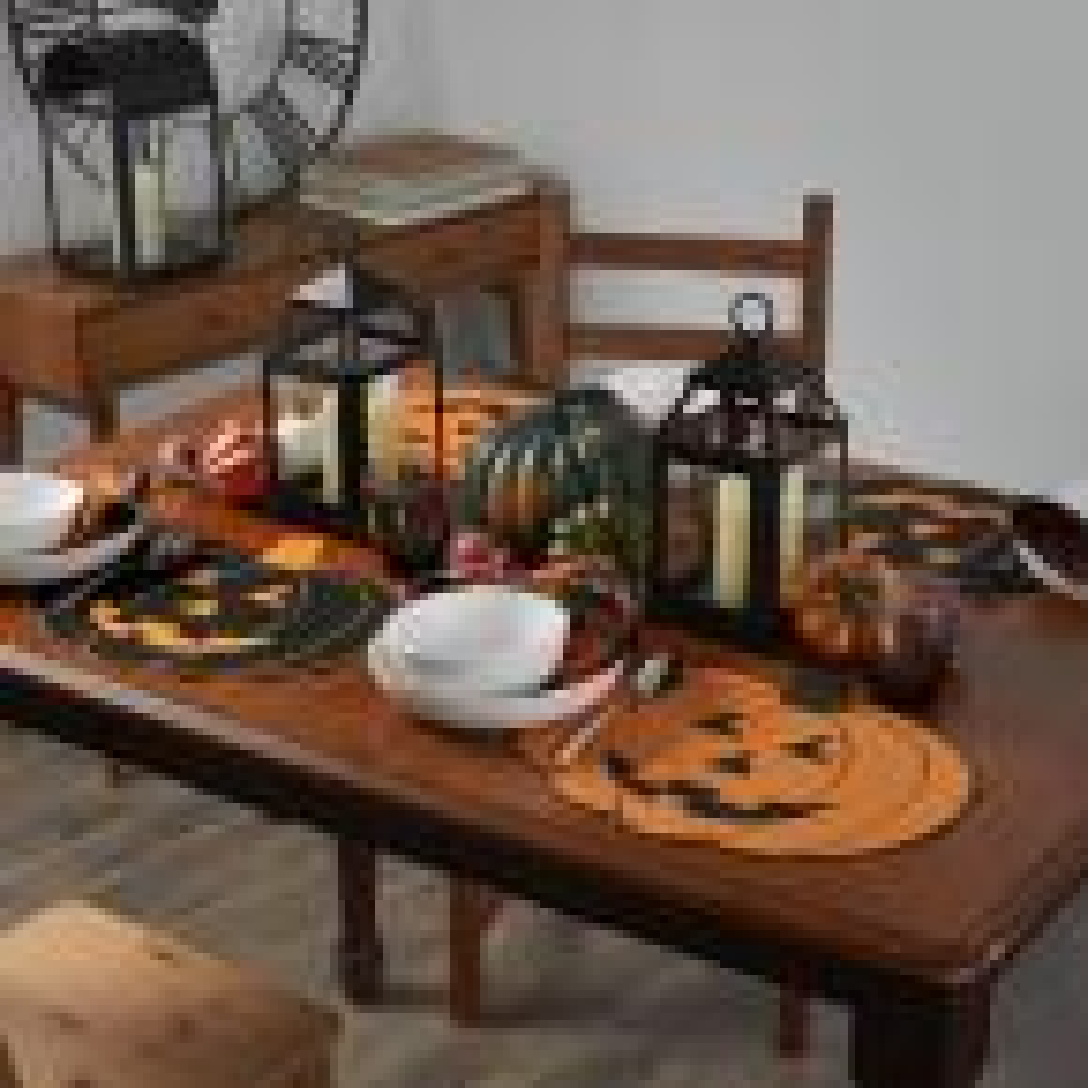 Farmhouse Living Jack-o-Lantern 14 in. W x 16 in. L Black/Orange Pumpkin Placemats (Set of 4)