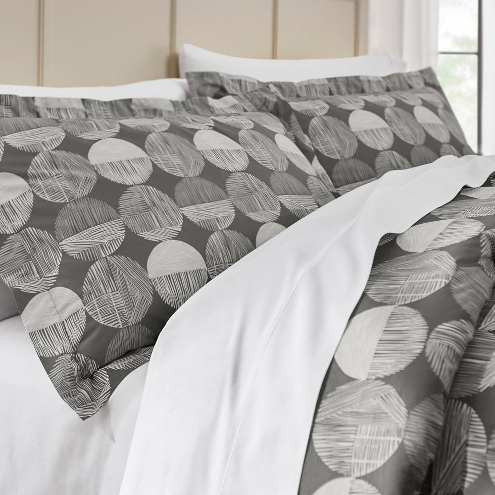 Jonah 3-Piece Reversible Comforter Set