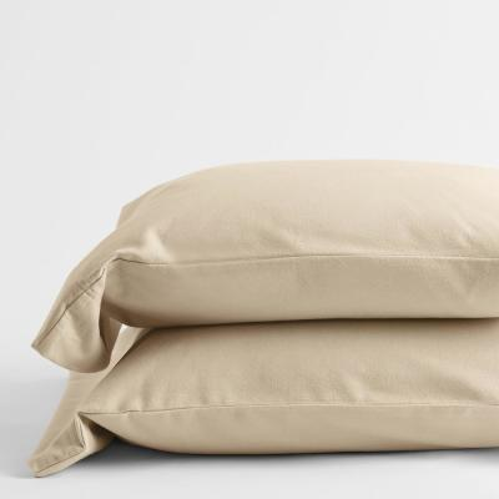 Legacy Velvet Flannel Alabaster Solid Standard Pillowcase (Set of 2)
