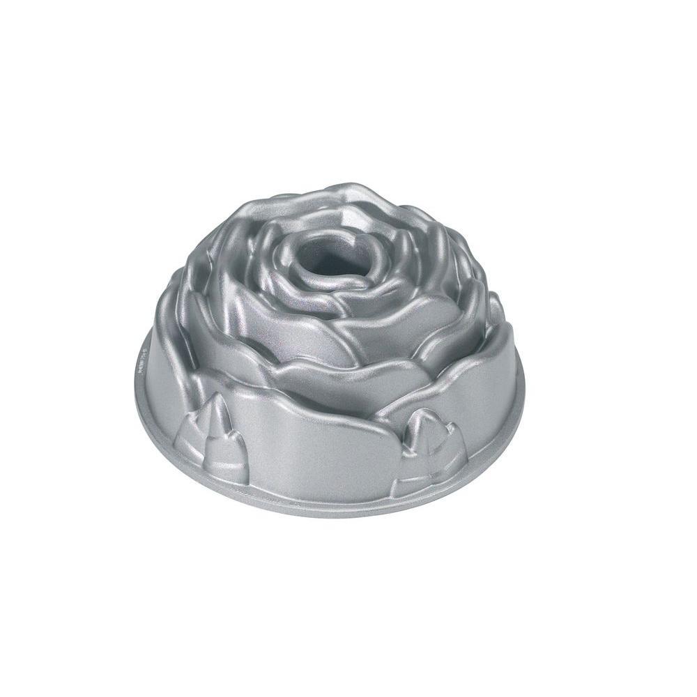 Nordic Ware Aluminum Rose Bundt Pan