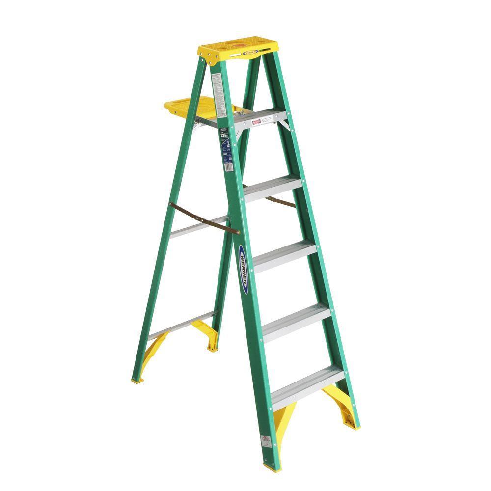 Werner 8 Ft Fiberglass Step Ladder With 225 Lb Load