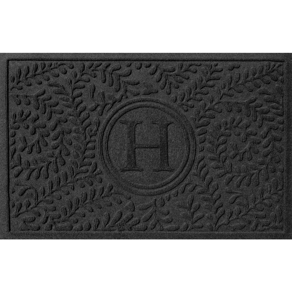 Boxwood Charcoal 24 in. x 36 in. Monogram H Door Mat