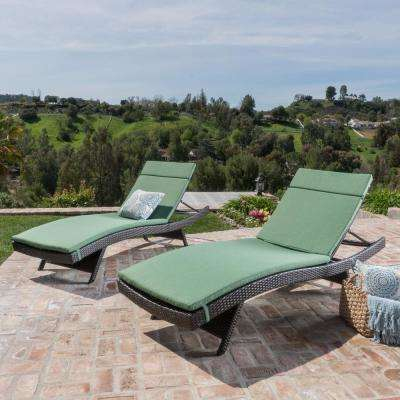 Salem Multi-Brown 4-Piece Wicker Outdoor Chaise Lounge with Jungle Green Cushions