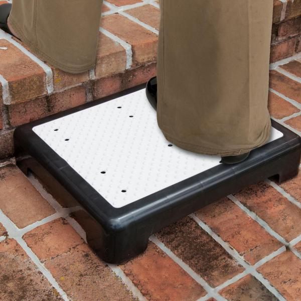 Bluestone 1-Step Polypropylene Mobility Step with 440 lb. Load Capacity