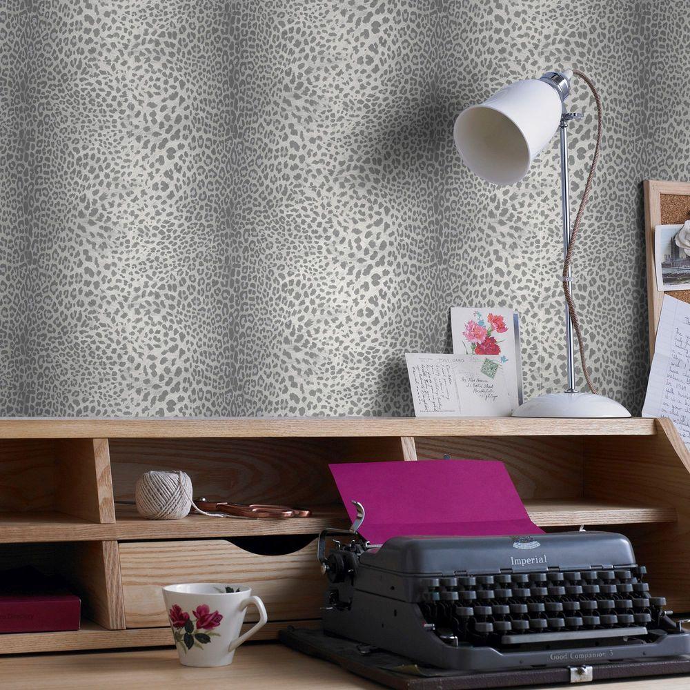 Grey Leopard Wallpaper