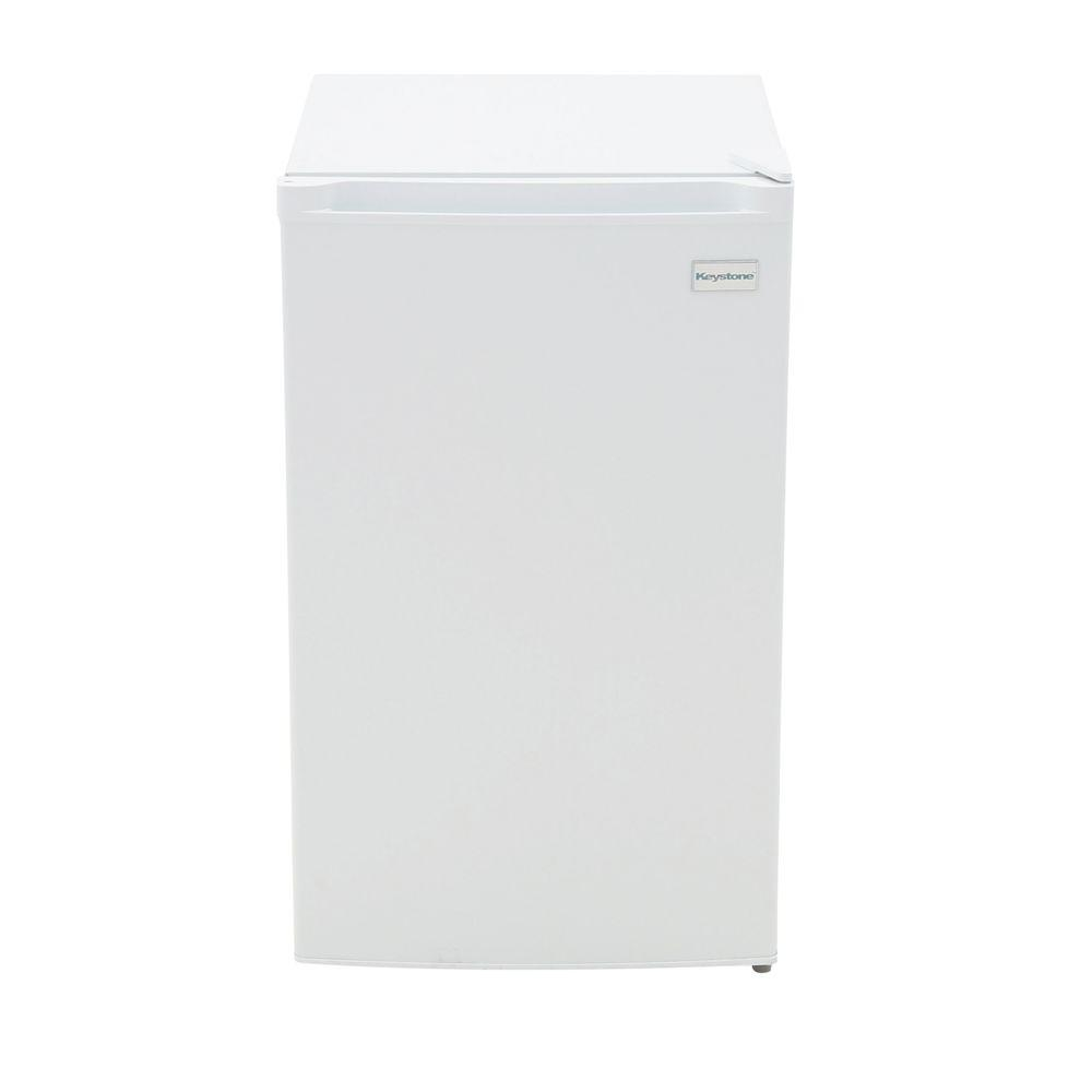 b229f9117e6 Keystone 4.4 cu. ft. Mini Fridge in White