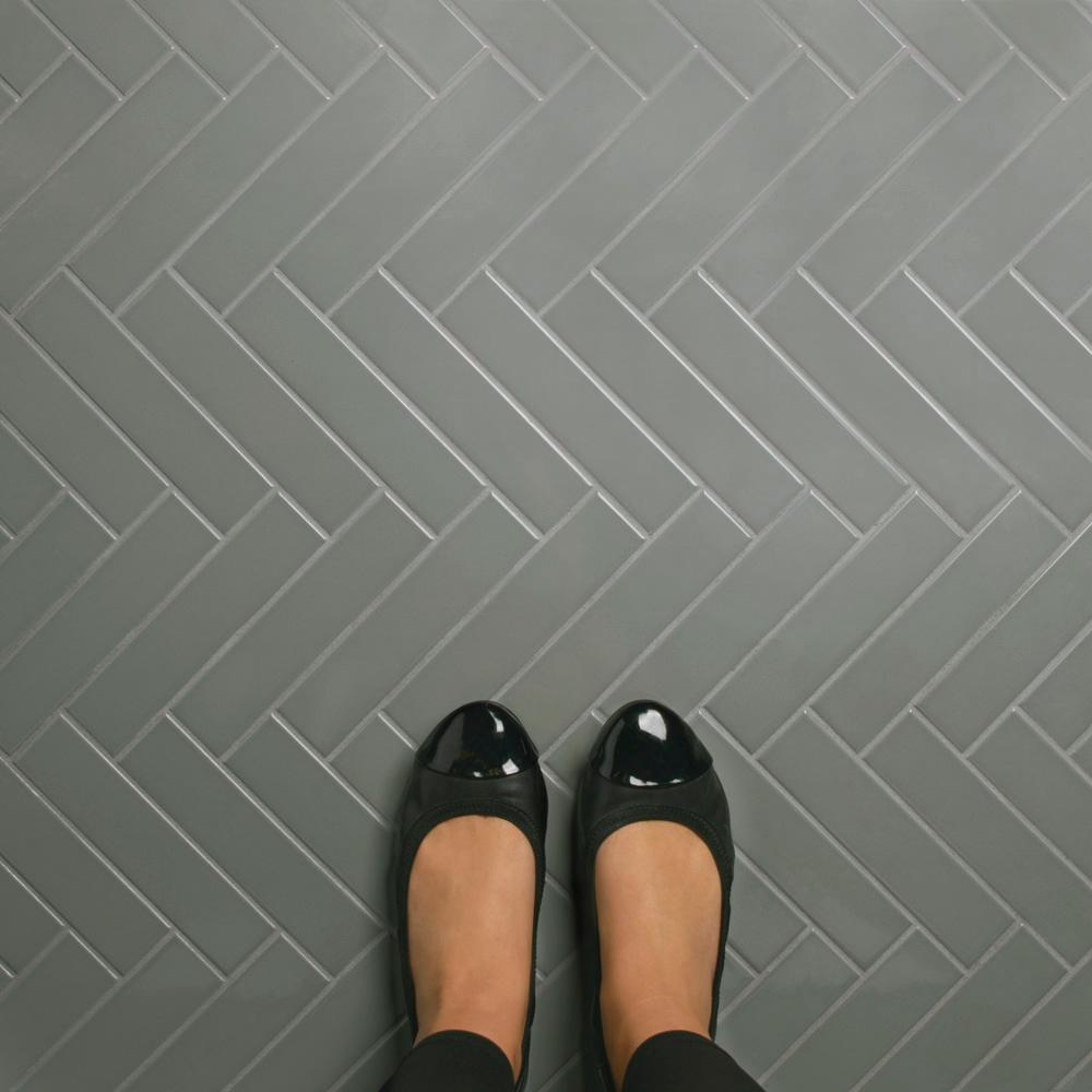 Merola Tile Metro Soho Subway Glossy Light Grey 1 3 4 In X 7 Porcelain Floor And Wall Sq Ft Pack