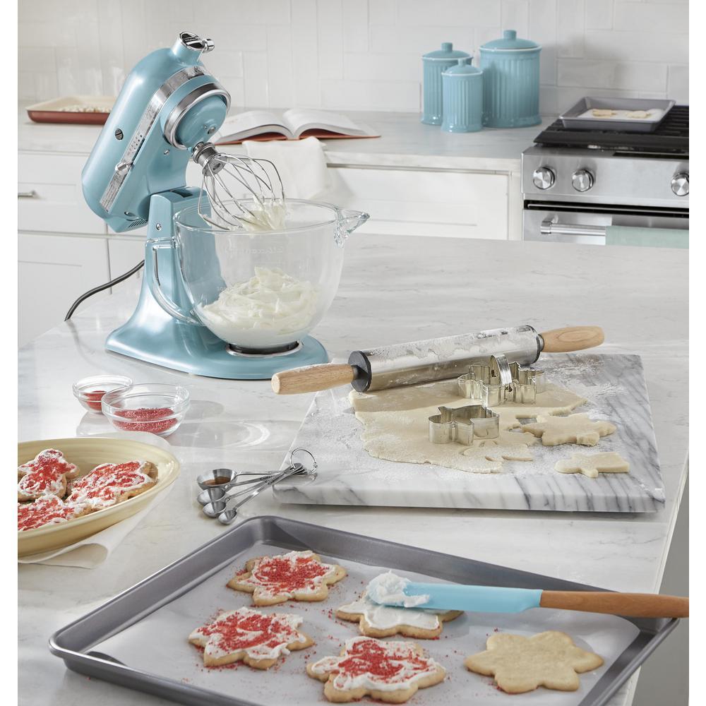 9 in. x 13 in. Brownie Pan & 12 in. x 17 in. Baking Sheet Nonstick Bakeware  Set (2-Piece)
